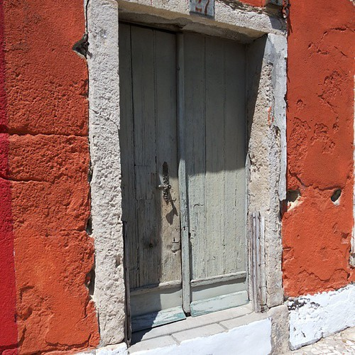 #doors #doorsworldwide #doorsondoors #doors_p #decay by Joaquim Lopes