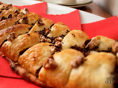 Easy Nutella Braid