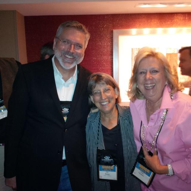 SJ Rozan, Carlos Dews, and Linda Fairstein at Thrillerfest