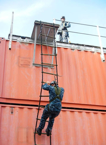 ilor from Afloat Training Group Pacific Northwest took part in the NCB VBSS Jacobs Ladder Climb Test