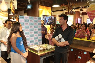 Chef Vikas Khanna amused at his fan's talks