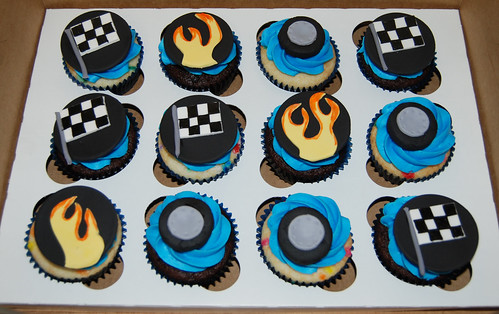 5th birthday racecar themed cupcakes