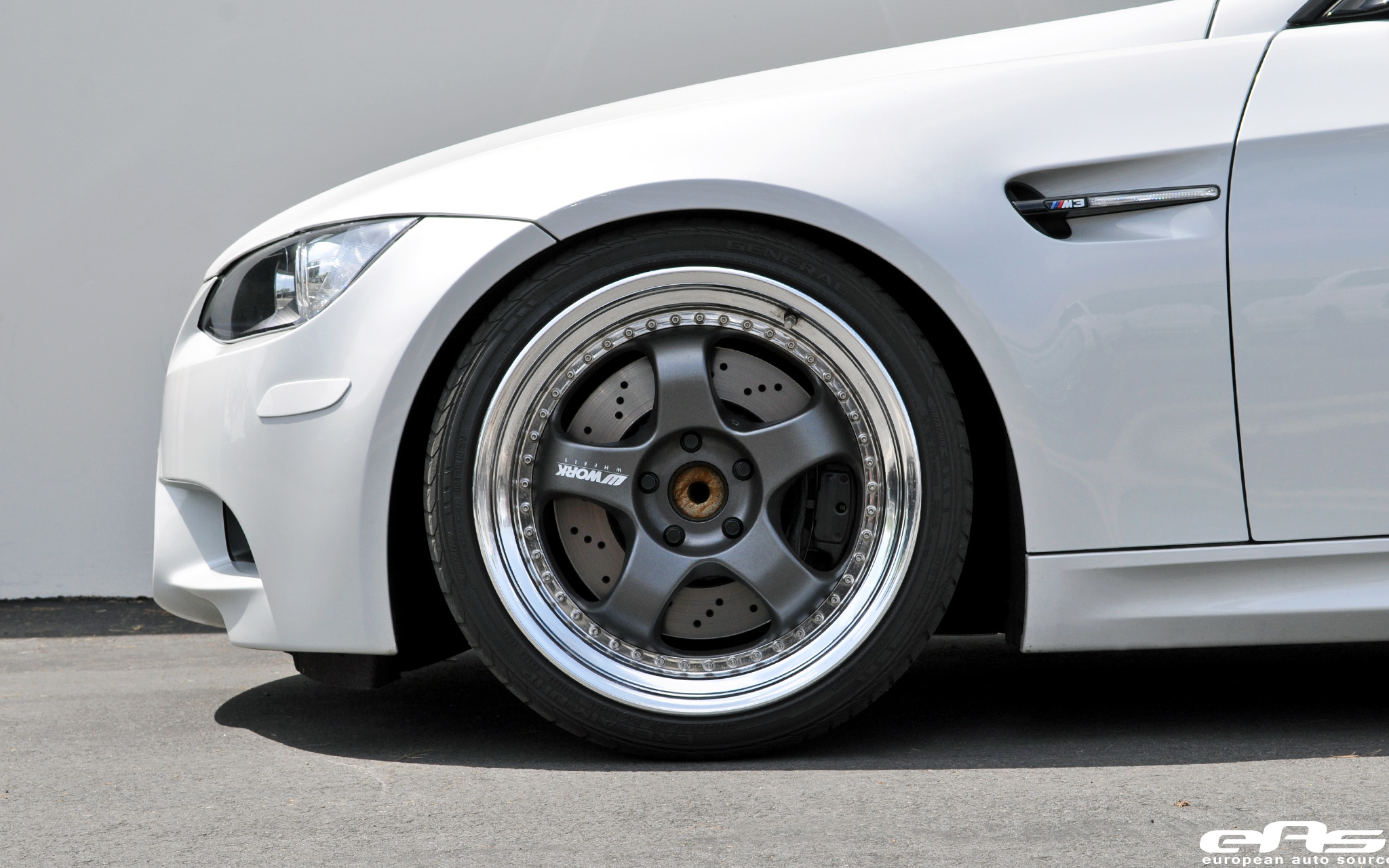 Doyjbsxnmbo as well Collection Of Historic Bmw M Models To Go On Auction Next Saturday additionally Wallpaper besides E C O moreover E M Mk Inch. on bmw e60 stance