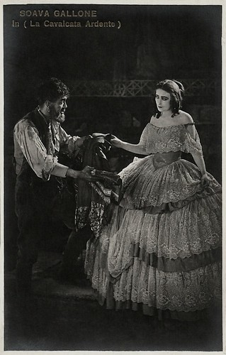 Soava Gallone and Raimondo Van Riel in La cavalcata ardente