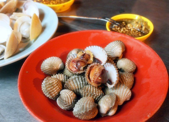Hock Chin, Melaka - siham, cockles, sotong kangkung -009