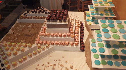 Cupcake display at Princeton Public Library Beach Reads Night