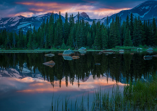 sunset day cloudy indianpeaks redrocklake southernrockymountains