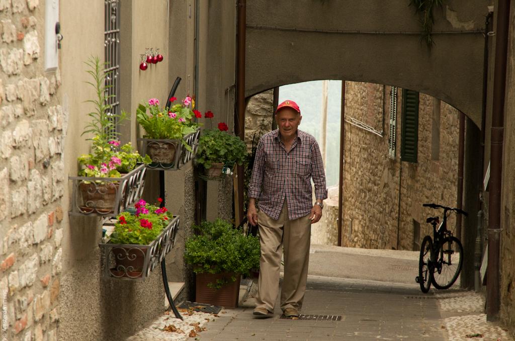 Italy, Man in Montegabbione