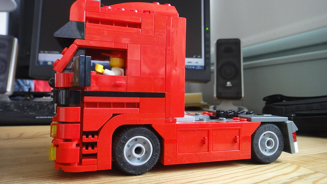lego actros zugmaschine 8 wide flickr photo sharing. Black Bedroom Furniture Sets. Home Design Ideas