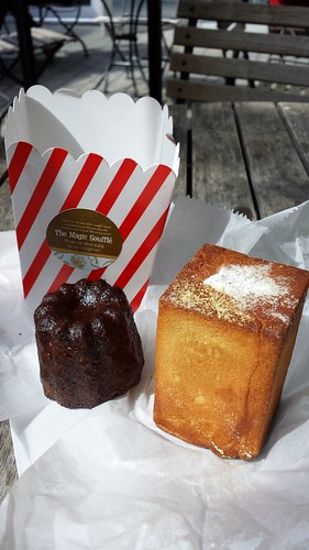 Dominique Ansel Bakery: Magic Souffle & Canele