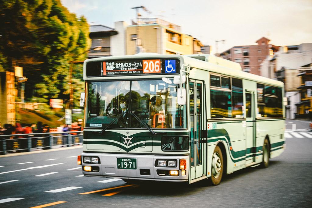 ISUZU Erga PDG-LV234L2_NSK 96MC_KYOTO BUS_Gion_Kyoto_Kinki_Kansai_Japan_いすゞ エルガ_西工_京都_近畿_関西_日本