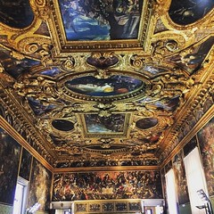 Another room #venice #ornate #tourist