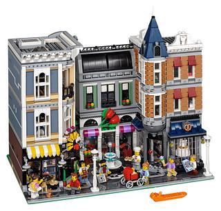 LEGO 街景系列10週年紀念!10255 集會廣場 Assembly Square