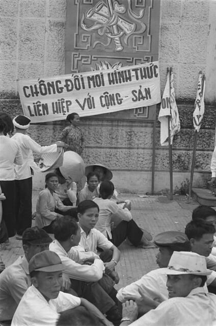 Saigon 05 Nov 1968 - Catholics supporting Thieu
