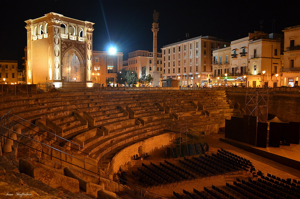 Lecce italy around guides for Albanese arredamenti san cesario lecce