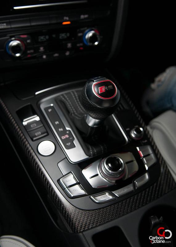 2013-Audi-RS-4-17.jpg
