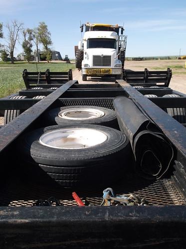 Empty combine trailer