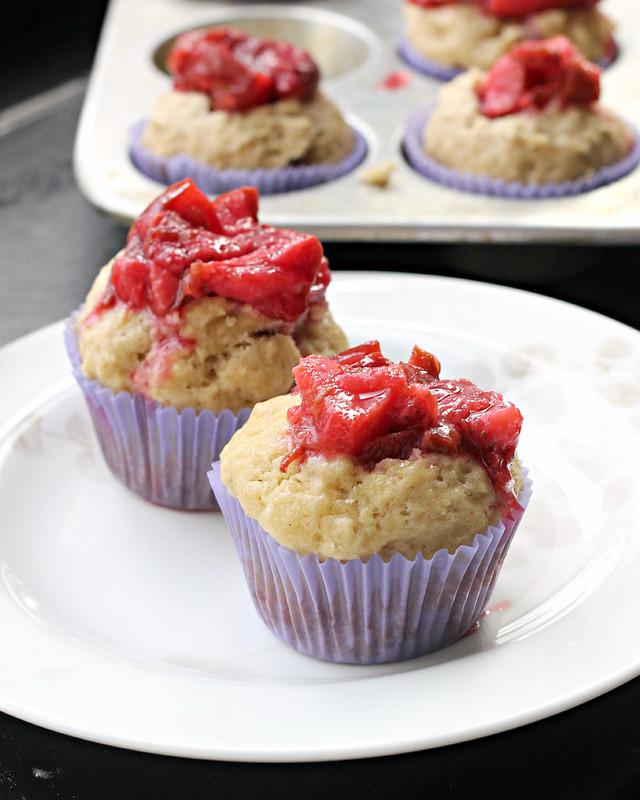 plum marzipan cinnamon muffins 5