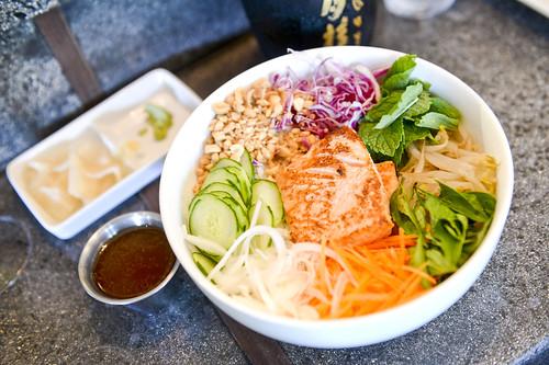 042_nuka-sushi-restaurant-haiku_by-Sean-Hower_mauitime
