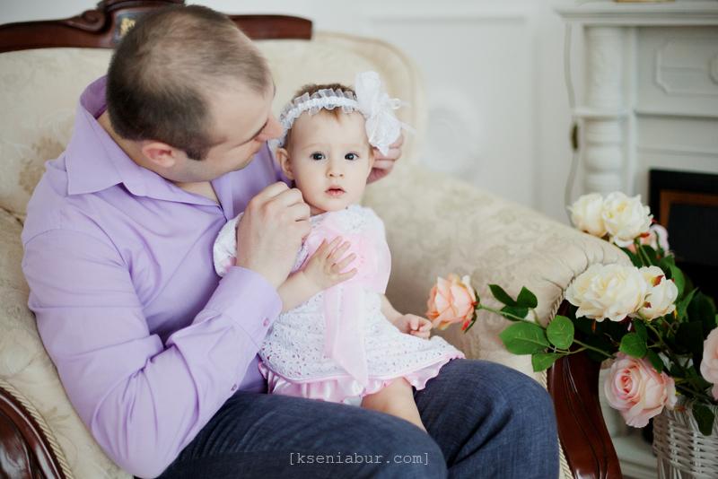Семейная фотосессия в студии, семейный фотограф Новосибирск