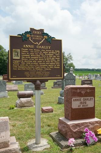 Annie Oakley & Frank Butler's Graves - Brock, Ohio