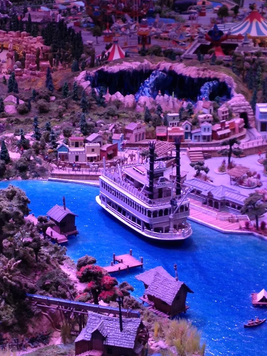 Steamboat & Nature's Wonderland