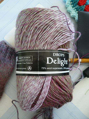 DROPS Delight 05 colourway