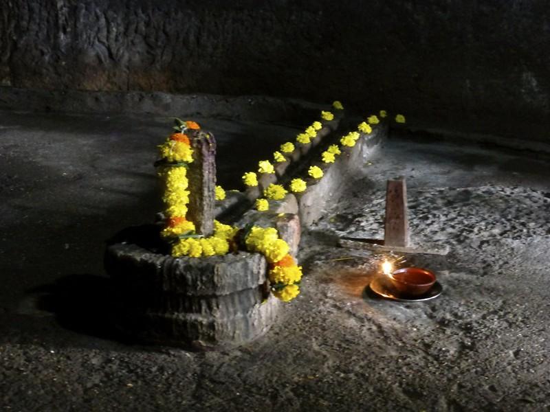 Mandapeshwar Caves - Shiva Linga
