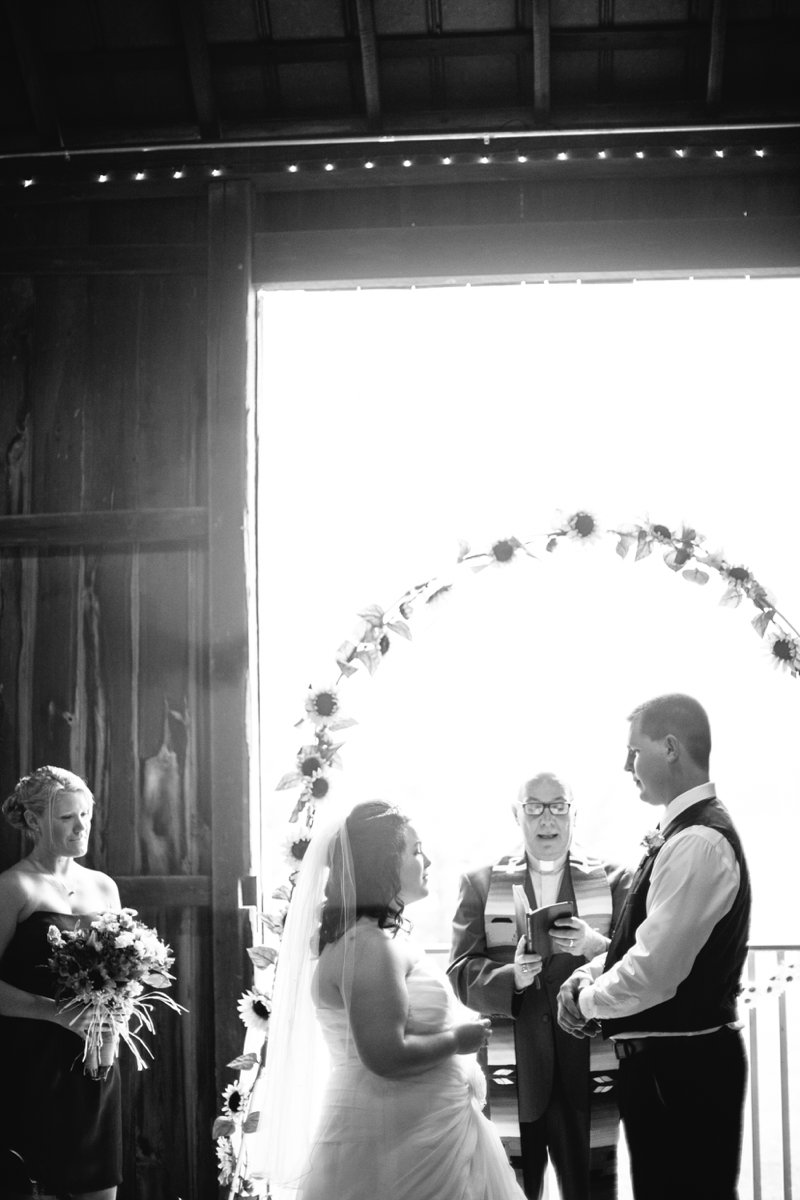 mathwig estate event barn wedding photographer