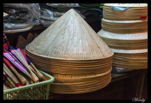 Viaje a Vietnam - Sombreros vietnamitas