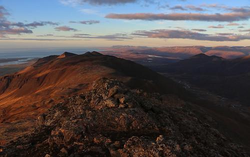 jörundarfell vatnsdalsfjall húnavatnssýsla skagi húnaflói mountain landscape iceland sky sea clouds dusk october 2016