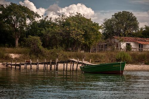 Departing line by Rey Cuba