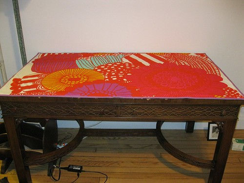 Jenny: Desk Pad for Paavani