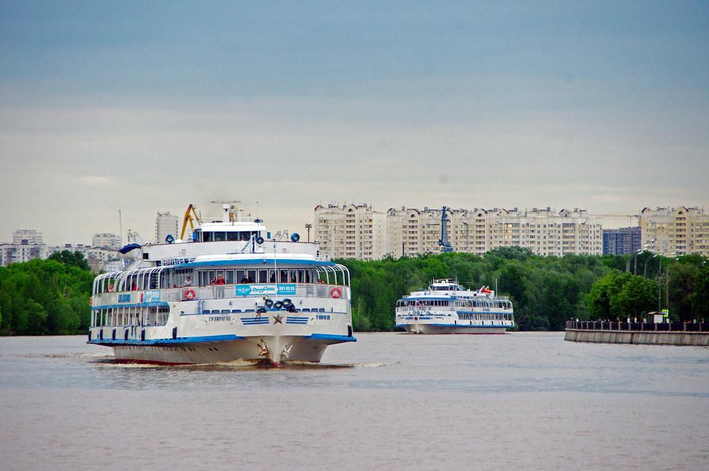 MS Grigoriy Pirovov, Sergei Obrazcov _20130526_068