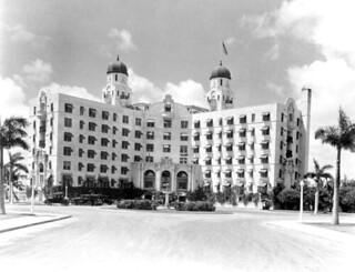Nautilus Hotel: Miami, Florida