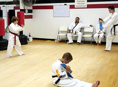 striking combat sports(1.0), hapkido(1.0), individual sports(1.0), contact sport(1.0), sports(1.0), tang soo do(1.0), combat sport(1.0), martial arts(1.0), karate(1.0), black belt(1.0), japanese martial arts(1.0), shorinji kempo(1.0),