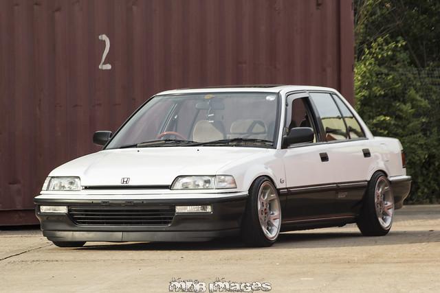 Civic (Mk4) - Honda