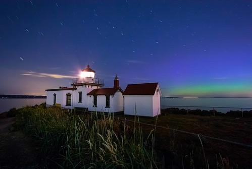 nightphotography summer stars northernlights auroraborealis starshots westpointlighthouse westcoastlighthouses pacificcoastlighthouses canonrebelxsi starphotography fresnatic pugetsoundlighthouses summernightskies