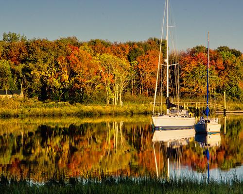 Autumn mooring-1 by enjoiskate8