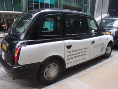 Elegante taxi angais moderne by Julie70