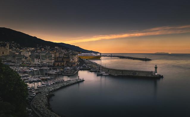 U Vechju portu di Bastia (Corsica)