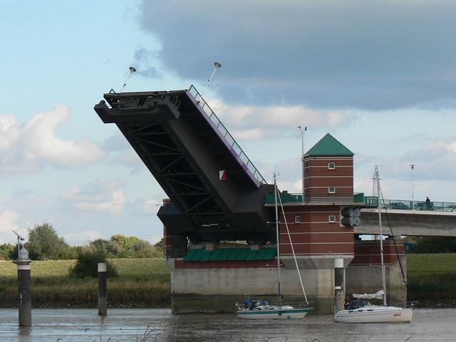 Ems - Jann-Berghaus-Brücke