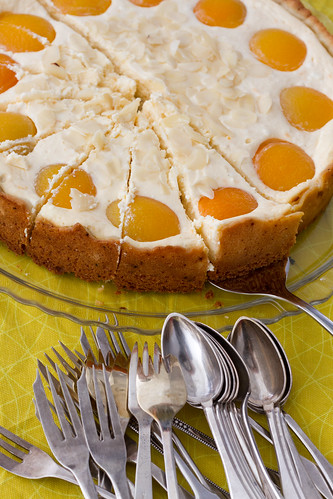 Nami-Nami Easter Brunch 2012: Cardamom-scented apricot and curd cheese cake
