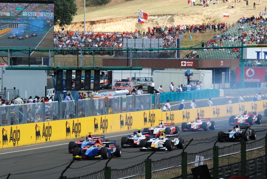 F1HungaryGP07_gp21   GP2 Race2...