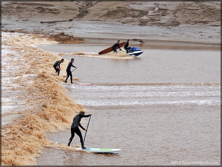 DSCN2054_surfers_petitcodiac