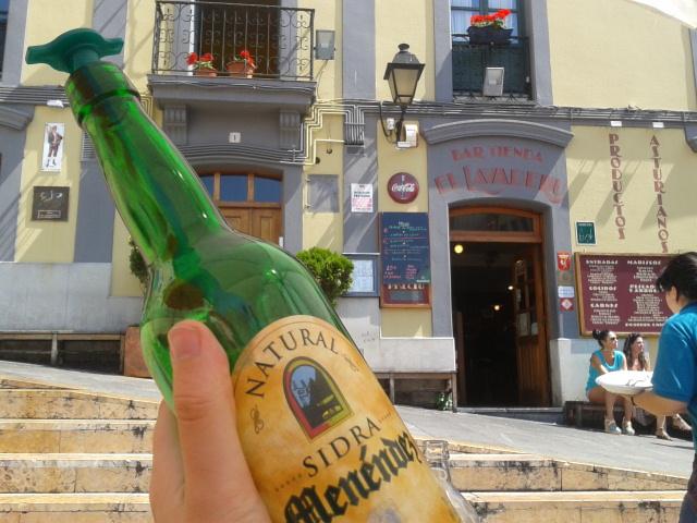 Sidra en El Lavaderu de Gijón