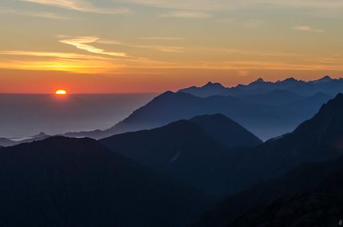 ocean sunset sun mountains landscape amazing energy power gwaii haida haanas