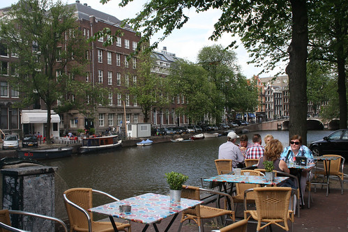 amsterdam_eat_by_canal