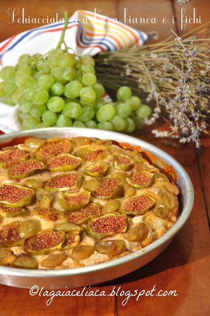 La gaia celiaca: Schiacchiata con uva e fichi senza glutine per un picnic settembrino