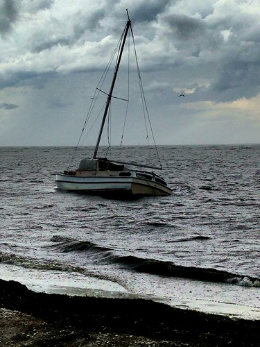 Another look of grounded boat in #TampaBay, east side of North Fishing Pier at Sunshine Skyway Bridge